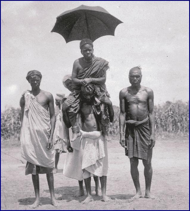 Африканский вождь с помощниками 1913 год