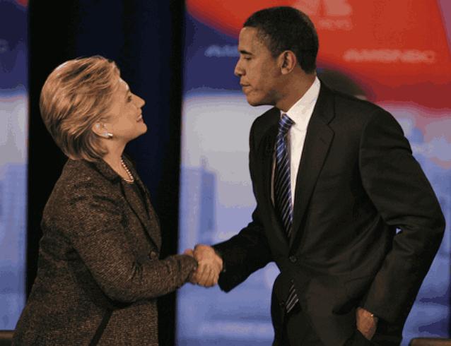 Обама пожал руку Хиллари